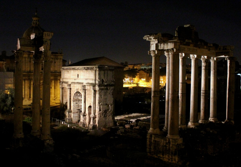 The ruins at night. What a view!